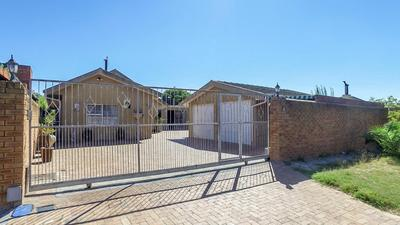 Property For Sale in Windsor Park, Kraaifontein
